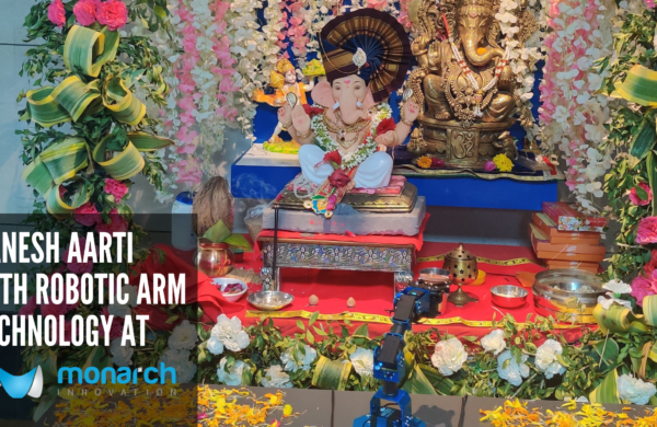 Ganesh Aarti With Robotic Arm